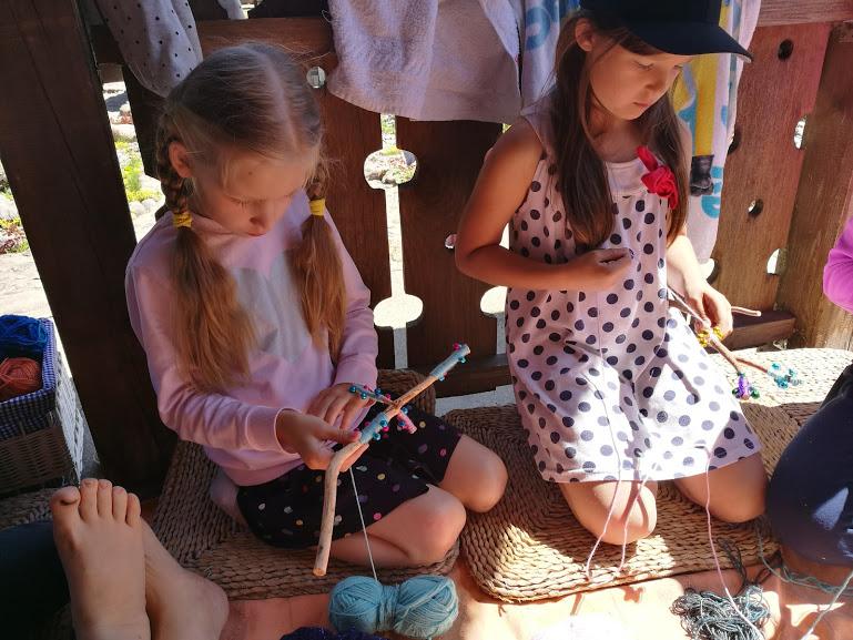 Gervinių stovykla. Mergaičių pamaina. 2018. Fėjų lazdelių dirbtuvėlės