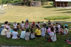 Gervinių stovykla. Mergaičių pamaina. Pokalbis apie hulą