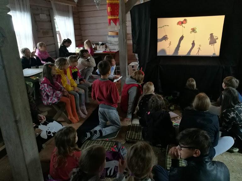 Gervinių stovykla 2018. Teatro pamaina. Šešėlių teatras